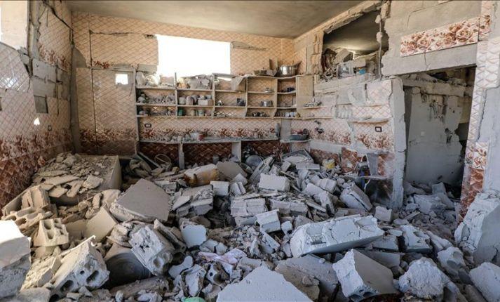 جرحى مدنيون بـقصـ.ـف النظام وروسيا على إدلب